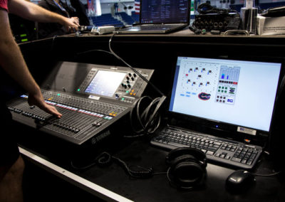 digital mixing console controlling line arrays